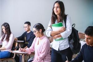 La seguridad de los estudiantes quedará reforzada con la colocación de un sistema de control de acceso